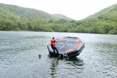 flipping-raft